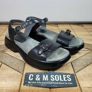 Dansko Lynnie Black Leather Strap Sandal